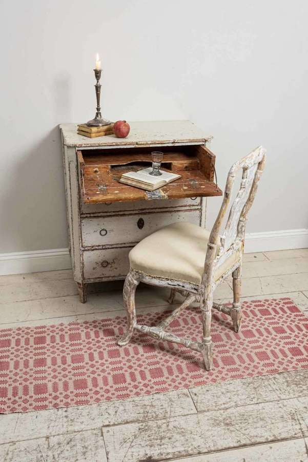 C18th swedish chair in original paint
