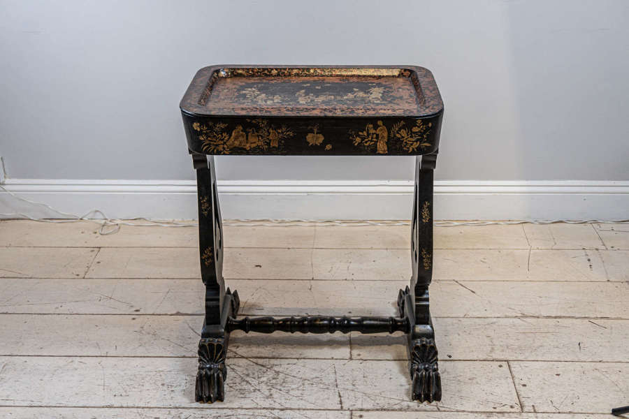 C19th Chinoiserie decorated side/tray table
